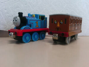 Thomas and Friends Take-Along Tank Engine and Annie Diecast Metal 2002