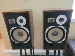 Vintage PIONEER HPM-40 Speakers w/Grills