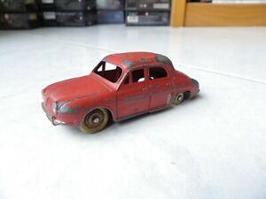 Renault Dauphine 24E rouge Dinky Toys Meccano 1/43 jouet miniature ancien