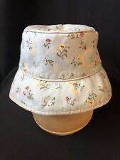 NWT babyGAP infant//toddler girls reversible off white/&chambray bucket hat 6-12m