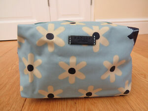 Radley Light Blue Floral Cosmetic Bag - LAST TWO *LOVELY* REDUCED!!!!