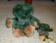 """Lot of 2 Boyds Bears in the attic frogs plush toads 14"""" & 6.5"""" Ee2"""