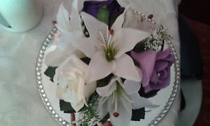 FLOWER WEDDING   TABLE CENTRE PIECE & MIRROR DECORATION *ANY COLOUR ROSES*