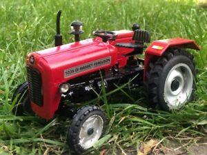 Farm Vehicle Toys....MASSEY FERGUSON 1035 TRACTOR MODEL