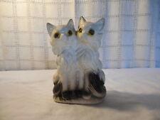Vintage carnival chalkware sitting cats, kitties figure
