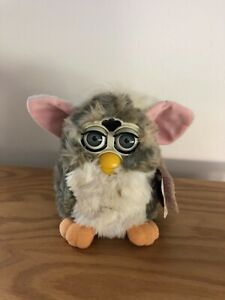 Furby 1998 Model 70-800 Tiger Electronics Gray and White w/ Tag (Non - Working)