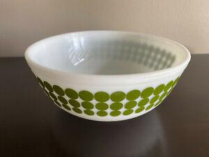 Vintage PYREX Green Polka Dot  #404 4 Quart Milk Glass Mixing Bowl - Very Nice!