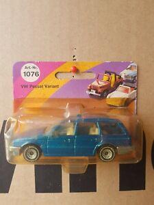 SIKU 1980s VINTAGE - VW PASSAT VARIANT [BLUE] NEAR MINT VHTF SHORT CARD GOOD