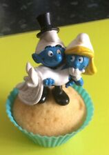 BRIDE AND GROOM SMURF TOPPER