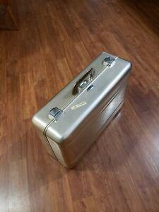 Vintage Zero Halliburton 1970s Aluminum Suitcase Luggage Camera Gun Case 21x13x8