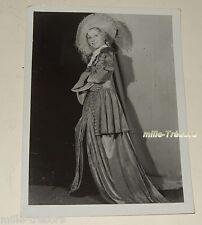 PHOTOGRAPHIE de Germaine CORNEY en Grand Format 18 x 24 cm OPERA COMIQUE