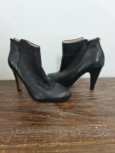 SABA womens size 40 black leather ankle boots zip detail down heel pebbled