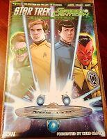 Comic Block December 2016 -EXCLUSIVE Star Trek And Green Lantern Vol. 2 Issue #1