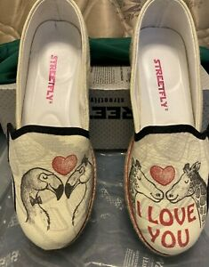Comfortable Canvas Slip-on Sneaker Streetfly SZ 9 1/2 Graphic & Text See More