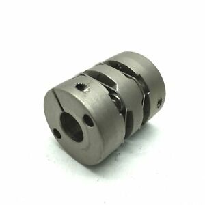 "Flexible Servo Shaft Coupling Clamping Hub, Bore: 3/8"" to 8mm , D: 25mm, L: 30mm"
