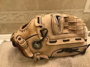 "Nike Show Series SDR- 1300 13"" Baseball Softball Glove Right Handed Throw"