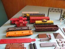 Lot Vintage Tyco Mantua Railroad HO Scale Freight Cars, Locomotive, Accessories