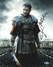 RUSSELL CROWE SIGNED 11X14 PHOTO GLADIATOR AUTHENTIC AUTOGRAPH BECKETT COA A