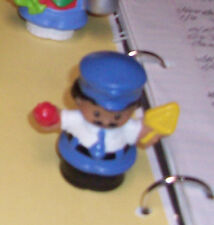 EUC 2007 FISHER PRICE LITTLE PEOPLE POLICEMAN CROSSING GUARD