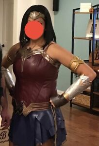 Adult Wonder Woman Leatherette Halloween Cosplay Costume and Accessory Kit L-XL