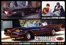 Batman: Escala 1/25 1966 Batmobile Con Batman & Robin Model Kit De Polar Lights