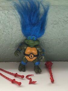 Teenage Mutant Ninja Turtles TROLL LEO /Belt weapons TMNT action figure Playmate
