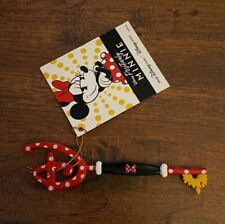 """Disney Store Positively Limited Edition """"Minnie Mouse"""" Collectible Key In Hand!"""