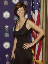 Catherine Bell A4 Photo 6
