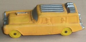 VINTAGE AUBURN RUBBER CO. 1950-1960' STYLE STATION WAGON CAR    FAMILY VACATION?