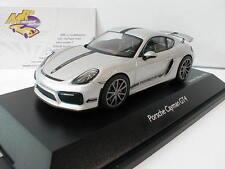 """Schuco 07593 - Porsche Cayman GT4 Baujahr 2015 """" silbermetallic """" 1:43 Lim. Ed."""