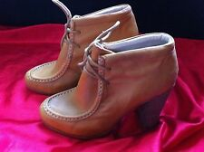 STYLISH WITTNER TAN LEATHER LACE UP ANKLE BOOTS SIZE: 7 NEAR NEW