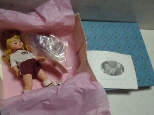 1998 Madame Alexander Doll Wendy Goes To Summer Camp 79360 Nashville Convention