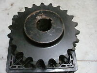 """NEW OLD STOCK MARTIN D140B22 2 5/8"""" BORE ROLLER CHAIN SPROCKET"""