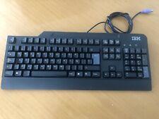 IBM SK-8820 color negro. Teclado PS/2. Idioma español.