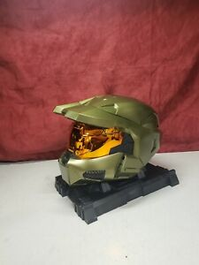 Halo 3 legendary edition master chief helmet and base - No game