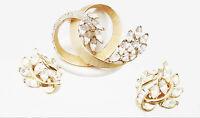 CROWN TRIFARI VINTAGE DEMI-PARURE RHINESTONE GLASS GOLD PIN BROOCH EARRINGS SET