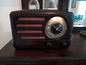 Awa Radio Bakelite