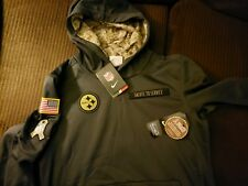 NEW Nike Pittsburgh Steelers Salute to Service Youth Therma Hoodie LARGE 14-16