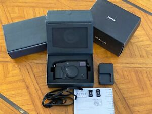 Fujifilm X-Pro1 in Excellent Fully Working Condition with Original Box