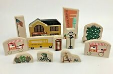 Cat's Meow Village - Lot of 12 Assorted Series Buildings & Accessories - Faline