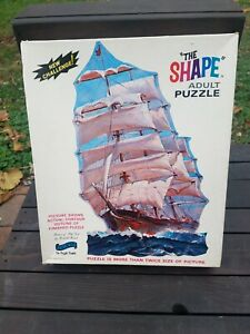 "Vintage ""The Shape"" Puzzle No 1800 'Antique Cadillac Car' 600 Pc *FREE SHIPPING*"