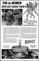 1942 Women war production Bradley Wash Fountains vintage photo print Ad adL96