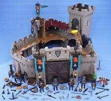 PLAYMOBIL BOXED EAGLE KNIGHT EMPIRE CASTLE WITH KNIGHTS HORSE EXTRA WEAPONS 4866