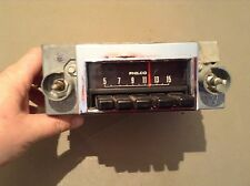 1970 FORD Maverick radio. Part DODA-18806-A  used original Philco.