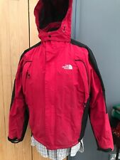 Hombre The North Face Rojo Serie Summit Chaqueta Deportiva con Capucha de 40' mm