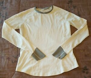 Under Armour - UA Run - White Long Sleeve Womens Active Shirt - Small
