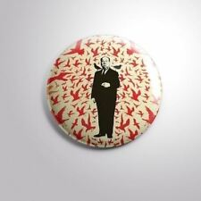 """THE BIRDS ALFRED HITCHCOCK MOVIE B - Pinbacks Badge Button 2 1/4"""" 59mm"""