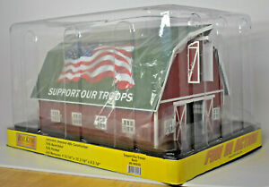 MTH RAILKING RAILTOWN O GAUGE FLAG SUPPORT OUR TROOPS BARN 30-90533 MSRP $80