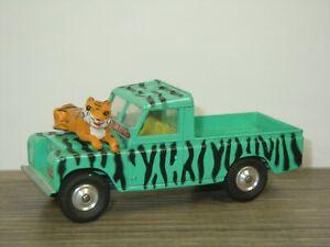 Land Rover 109 WB Daktari Safari - Corgi Toys England *46000
