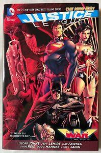 JUSTICE LEAGUE: TRINITY WAR DC NEW 52! Hardcover 2014 1st Print HC Geoff Johns